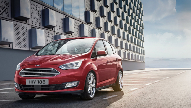 ford-cmax-eu-cmax_FordC_MAX_exterior34-16x9-2160x1215-ol-parked-by-modern-building.jpg.renditions.extra-large.jpeg